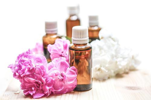 5 parfums à emprunter aux femmes